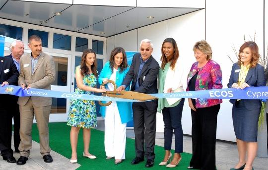 Kelly Vlahakis-Hanks family executive team and mayor Mariellen Yarc at Ribbon Cutting